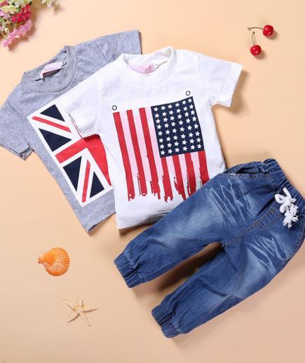 Set áo thun quần jean bé trai họa tiết cờ
