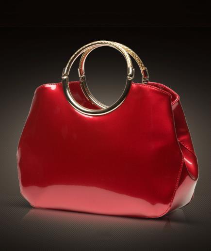 Set túi xách cầm tay và ví tay cầm kim loại