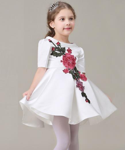 Đầm xòe dự tiệc bé gái đính hoa hồng