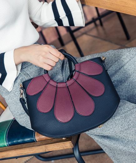 Túi xách cầm tay mini họa tiết hoa
