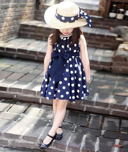 Đầm xòe bé gái họa tiết chấm bi