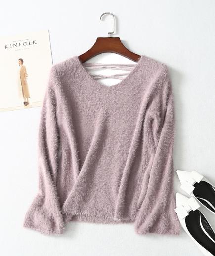 Áo len dệt kim lông xù phối dây đan