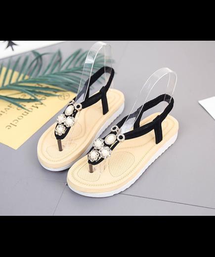 Sandal xỏ ngón đế dày đinh hoa