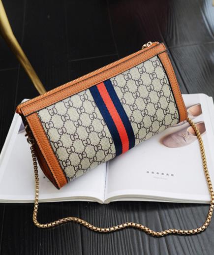 Túi đeo chéo dạng ví cầm tay