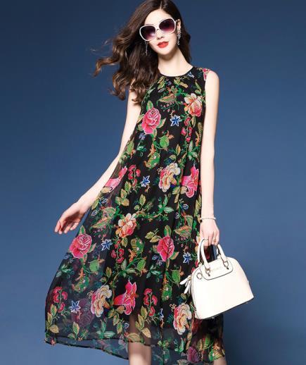 Đầm suông dáng dài sát nách họa tiết hoa