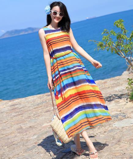 Đầm maxi đa sắc sọc ngang