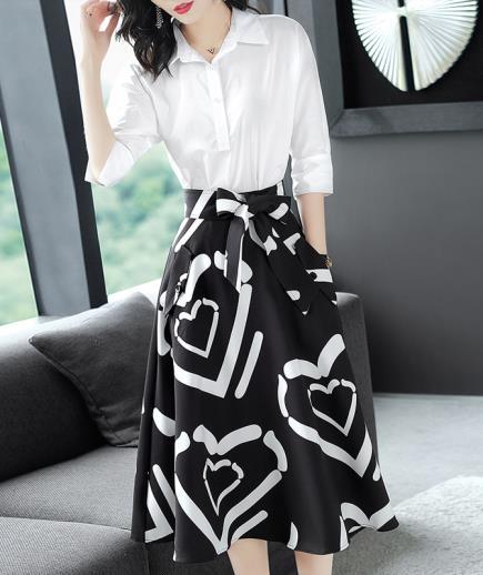Set áo trắng chân váy xòe họa tiết