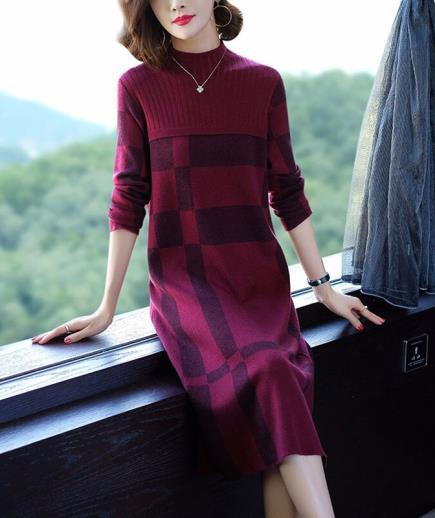 Đầm suông len dáng dài họa tiết hình khối