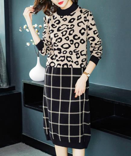 Đầm suông len dáng dài họa tiết da báo
