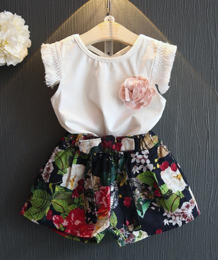 Bộ short áo phối tua quần hoa
