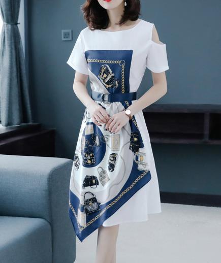 Đầm kiểu phối khăn khoét vai