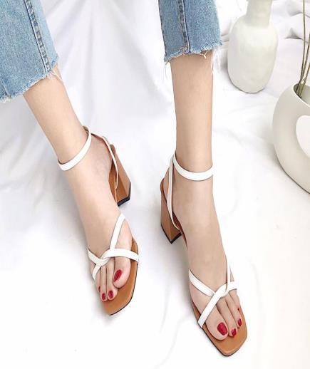 Sandal dây xoắn mũi vuông