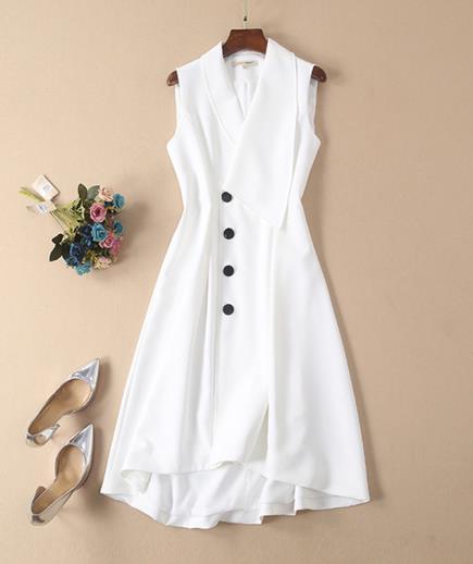 Đầm dáng dài cổ vest phối nút cao cấp