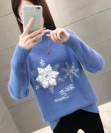 Áo len họa tiết bông tuyết