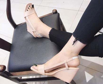 Sandal đế xuồng phối dây 7cm