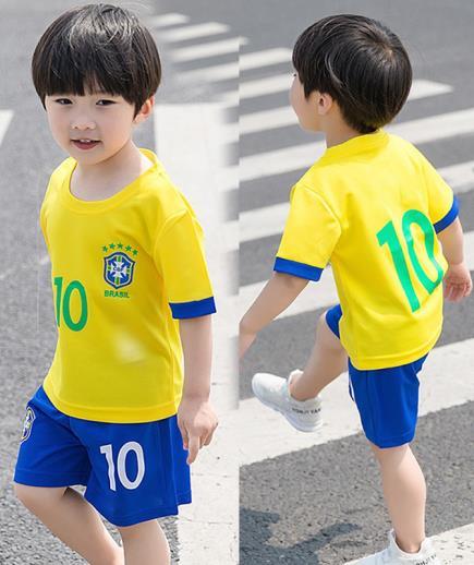 Bộ quần áo thể thao Brasil