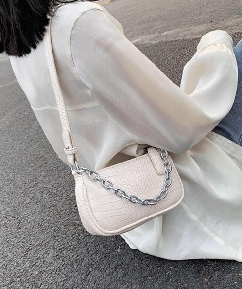 Túi kẹp nách kết hợp đeo chéo họa tiết vân da rắn