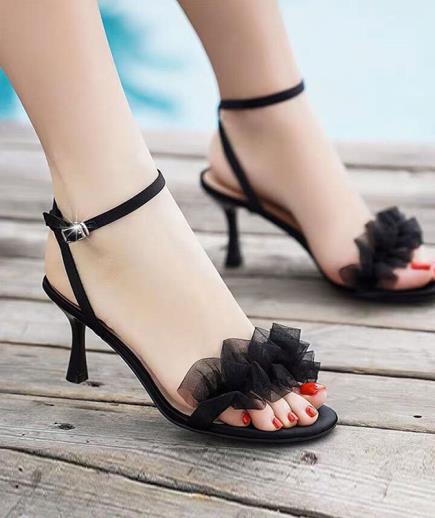 Sandal quai hậu quai ngang phối bèo