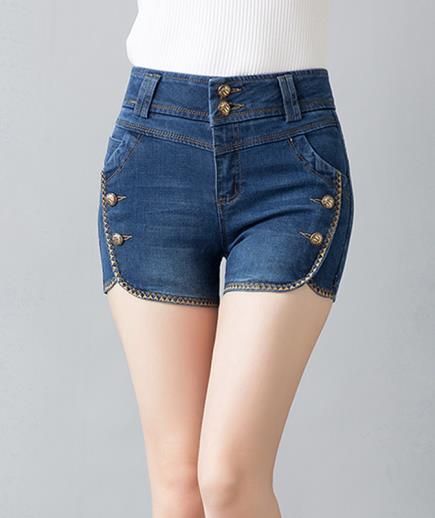 Quần short jean lưng cao phối nút cách điệu