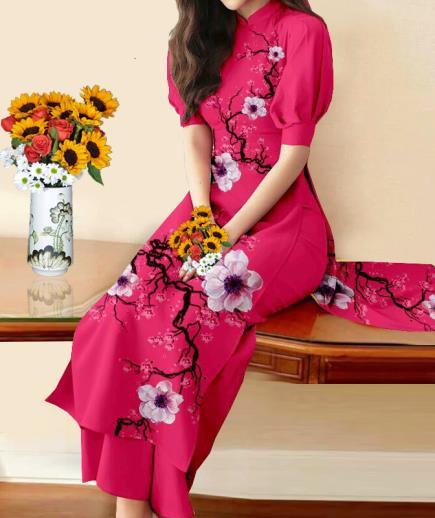 Áo dài cách tân họa tiết cành hoa đào cách điệu