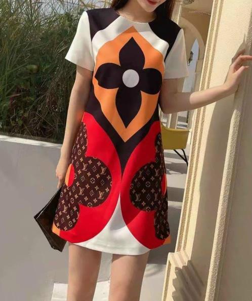 Đầm lụa họa tiết phối màu cao cấp