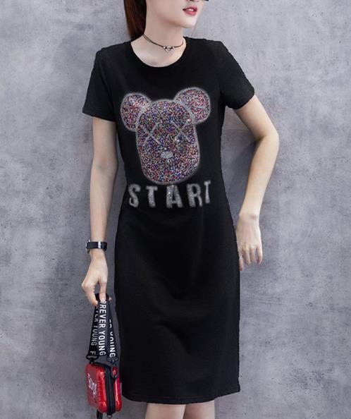 Đầm suông thun họa tiết gấu đính đá
