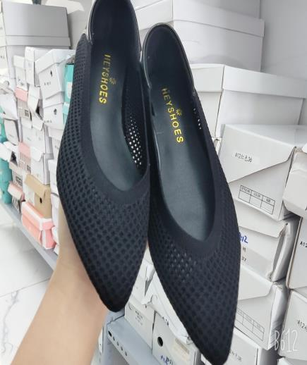 Giày búp bê mũi nhọn đục lỗ 1cm