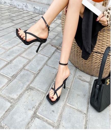 Giày cao gót dây quai xỏ ngón 6cm
