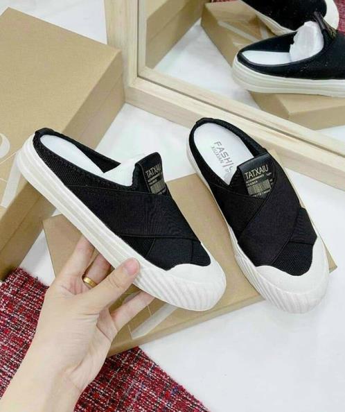 Giày sục thể thao bản chéo đen trắng