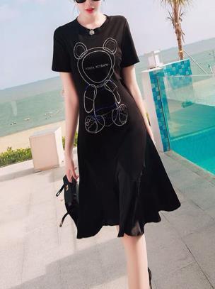 Đầm suông thun đuôi cá họa tiết gấu